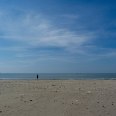 Empty beach at Anke