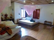 Wonderful and spacious room in Nyaungshwe (2012)